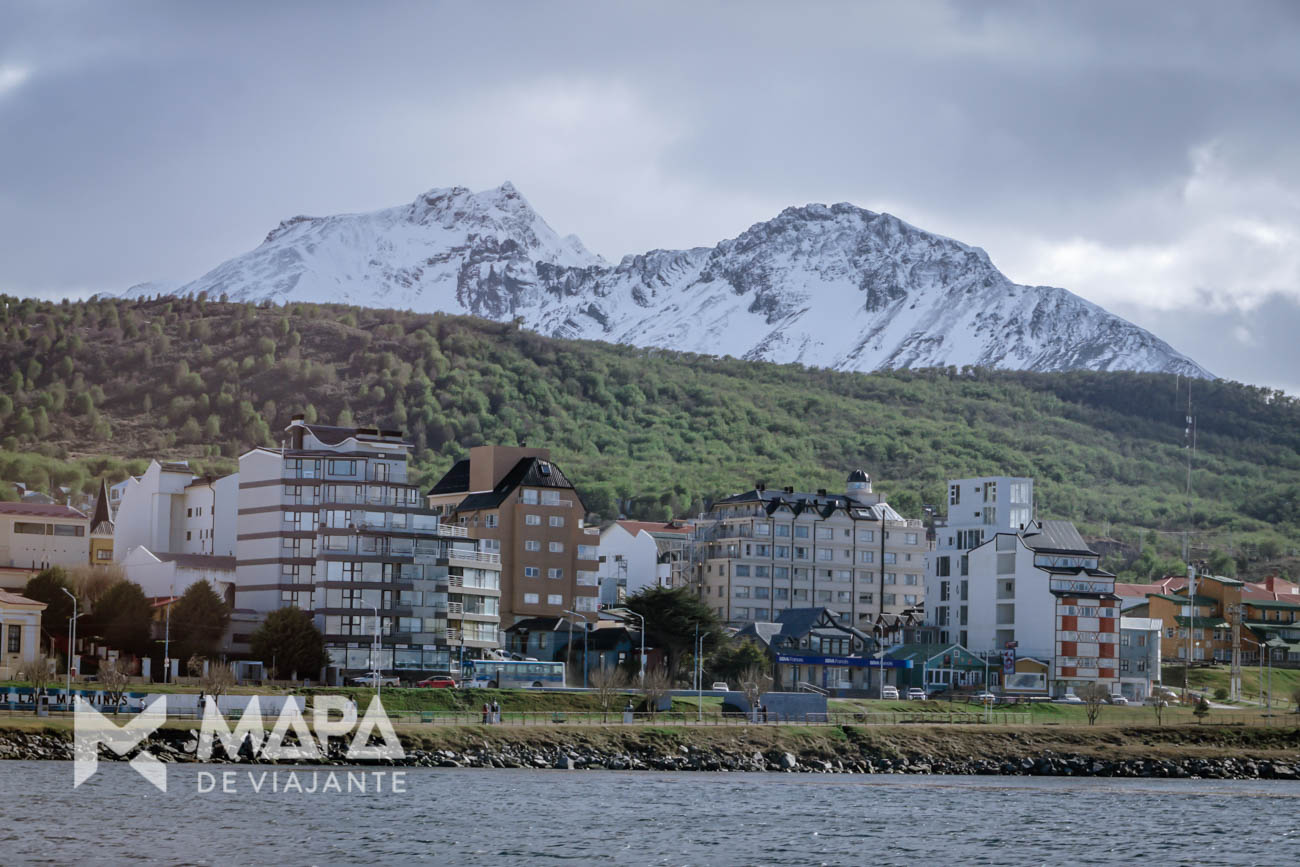 Ushuaia vista do Canal de Beagle