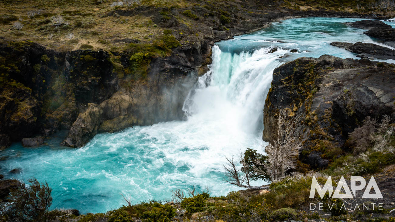 Cachoeira do Mirador Salto Grande Torres del Paine ChileCachoeira do Mirador Salto Grande Torres del Paine Chile