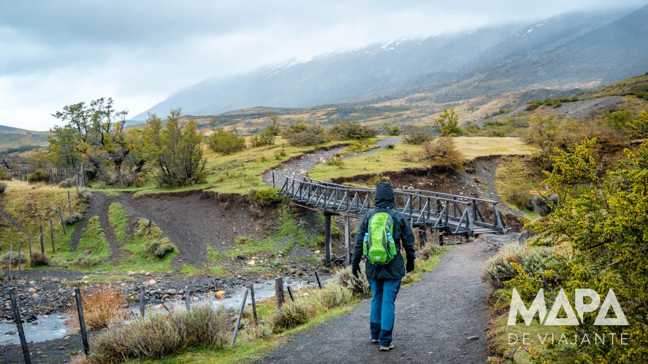 Trekking até a base das Torres del Paine