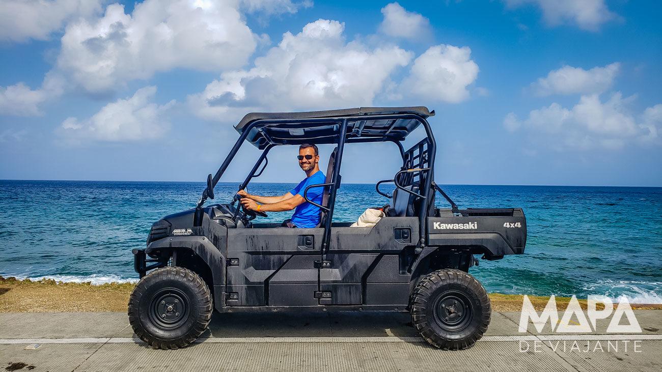 Andar de buggy ou carrinho de golfe em San Andrés