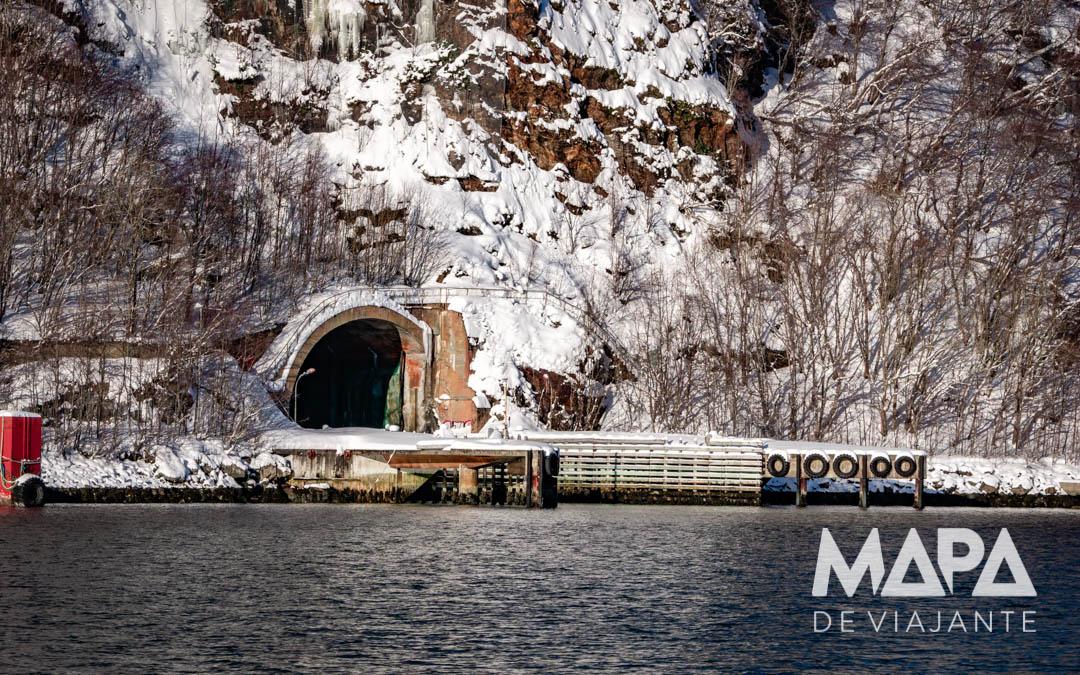Tuneis da Guerra Fria em Tromso
