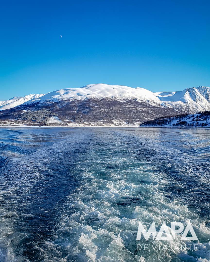 Passeio de Barco em Tromso no inverno
