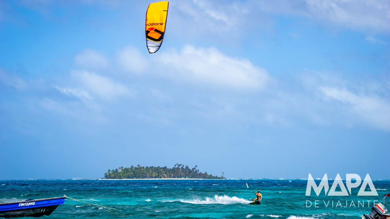 Kite surf na Spratt Bight em San Andrés