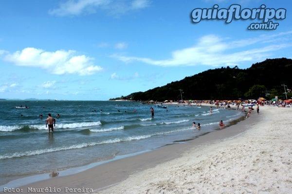 guiafloripa-praia-da-daniela-600x400